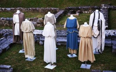 [SLO] Izložba i revija: Emonska oblačila nekoč in danes [piše Ada Jukić]